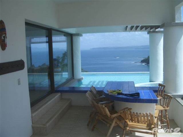 Wohnobjekte zum Verkauf in Beautiful Large Oceanfront Home And land, La Cruz, Guanacaste ,50308  , Costa Rica